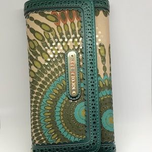 Wallet Nicole lee